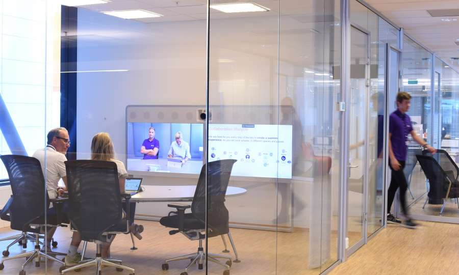 Connecting the modern workplace